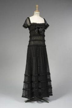 CHANEL par Karl LAGERFELD, haute couture, Printemps 1989.