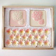 Japanese Deserts, Japanese Food Art, Japanese Cake, Japanese Sweets, Japan Dessert, Matcha, Japanese Wagashi, Cookie Packaging, Beautiful Desserts