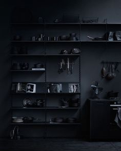 All black - Architecture and Home Decor - Bedroom - Bathroom - Kitchen And Living Room Interior Design Decorating Ideas - Black Interior Design, Interior Design Inspiration, Interior Design Living Room, Interior And Exterior, Black Room Design, Room Interior, Black Rooms, W Hotel, Dark Interiors