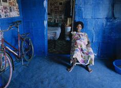 Zwelethu Mthethwa, Inner Views Museum in Harlem New York Museums, Out Of Africa, Documentary Photography, Electric Blue, Life Images, South Africa, The Incredibles, Studio, Painting