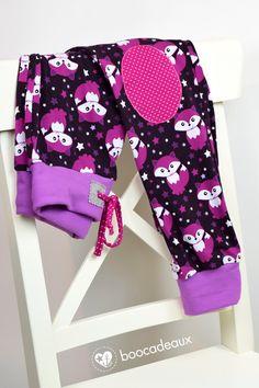 Schnittmuster: Schmale Basic Hose von Kibadoo FoxyFox Jersey von Staghorn Design