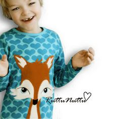 totally adorable fox sweater by RuttuNuttu