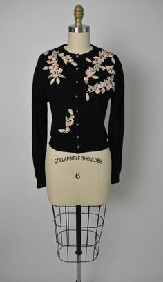 Vintage 1950s 50s Beaded Sweater / Cardigan with Floral