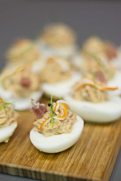 How To Cook Devilled Eggs Canapes - Cooking Recipes Party Dip Recipes, Egg Recipes, Kitchen Recipes, Appetizer Recipes, Cooking Recipes, Healthy Recipes, How To Cook Eggs, Snacks, Food Photo