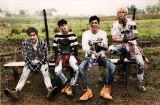 Chanyeol, Suho, Chen & Baekhyun - 181003 'dear happiness – From EXO' Unreleased Photo Exhibition Kim Minseok Exo, Baekhyun Chanyeol, Exo Ot12, Chanbaek, Exo Dear Happiness, Exo Album, Exo Official, Exo Korean, Exo Chen