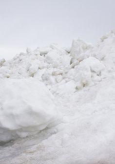 piles of snow~brrrr
