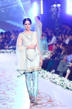 https://fashion360.pk/wp-content/uploads/2014/05/Asifa-Nabeel-Bridal-Groom-Wear-Collection-2014-at-PBCW-19.jpg