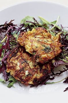 Nigel Slater potato pancakes with dill and yogurt sauce. Looks so very yummy. Perfect for brunch. Vegetable Recipes, Vegetarian Recipes, Cooking Recipes, Healthy Recipes, Savoury Recipes, Yummy Recipes, Healthy Food, Cooking Vegetables, Pescatarian Recipes