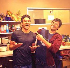 Pretty Little Liars' Ian Harding and Ryan Guzman Bro Out: Team Ezrake?!
