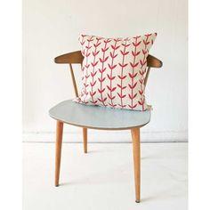 chair! cushion!