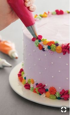 Flowery cake decorating idea that doesn't require piping actual flowers