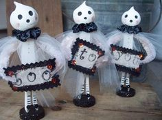 Ghost clothespin dolls