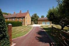 5 bedroom house for sale Avon Dassett, Southam, Warwickshire, Under Offer 5 Bedroom House, Avon, Property For Sale, My House, Country Roads, Houses, Mansions, House Styles, Check