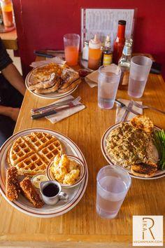 Wayward Vegan Cafe Seattle On my list Seattle Food, Seattle Travel, Moving To Seattle, Seattle Vacation, Seattle Washington, Washington State, Hello Seattle, Vegan Restaurants, Seattle Restaurants