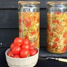 Fermenterede tomater - tarme i balance - Det handler mest om mad Long Term Food Storage, Food N, Sauerkraut, Kefir, Kombucha, Kimchi, Lchf, Soul Food, Preserves