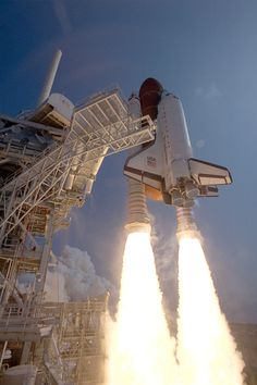 The Space Shuttle Discovery blasts off from Cape Canaveral, July 31, 1992.