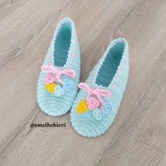 Crochet Winter, Boot Cuffs, Leg Warmers, Crochet Baby, Diy And Crafts, Flip Flops, Dream Wedding, Baby Shoes, Socks