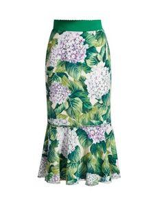 Dolce & Gabbana Flounce-hem Hydrangea Mermaid Skirt, Green In Orteesia, Foedo Paeea Tulip Skirt, Tulip Dress, Lace Dress, Denim Fashion, Skirt Fashion, Cecilie Copenhagen, Pentecostal Outfits, Long Skirt Outfits, Printed Pencil Skirt