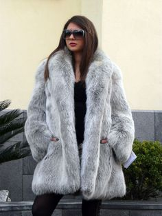 fox fur coat Find a great fur coat in Toronto - visit the Yukon Fur Co. at http://yukonfur.com