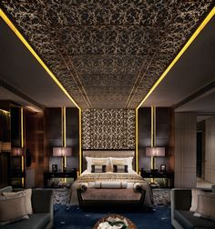 The 6 Most Luxurious Hotel Suites in Hong Kong With views on the floor, the Ritz Carlton Suite would be jaw-dropping even if it didn't have a television, full marble bathrooms, and 400 thread count sheets. Throw in Rolls Royce chau Most Luxurious Hotels, Luxurious Bedrooms, Design Case, Bed Design, Plafond Design, Hotel Suites, Hotel Lounge, Hotel Amenities, Hotel Pool