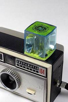 Kodak Instamatic 104 with flash cube