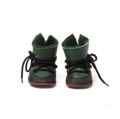 https://www.etsy.com/listing/253602326/baby-shoe-leather-baby-moonboots?ref=listing-shop-header-3