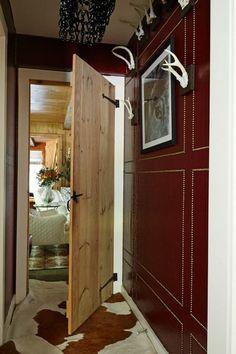 Designer's Showcase - House Tour: A Down-Home Connecticut Cabin - Lonny