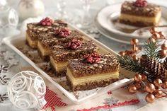 Cupcake Cakes, Cupcakes, Sweet Cookies, Tiramisu, Cooking Recipes, Plates, Ethnic Recipes, Christmas, Basket