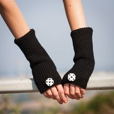 Hand crochet fingerless gloves with polka buttons. Colour: black / white Care: hand-wash to 30 degrees and lay out flat for drying Size: one size Ready to ship. Winter Christmas Gifts, Felt Christmas Decorations, Etsy Christmas, Arm Knitting, Knitting Patterns, Easy Homemade Gifts, Winter Accessories, Hand Crochet, Fingerless Gloves