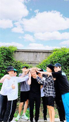 Kyungsoo will be missed. Kyungsoo, Exo Chanyeol, Kaisoo, K Pop, Exo 2014, Exo Group, Exo Lockscreen, Exo Fan, Kpop Exo