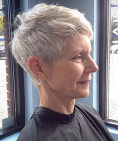 15 short hairstyles for women over 50. Hairstyles for older women. Haircuts for…