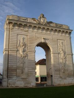 Porte Ste Croix
