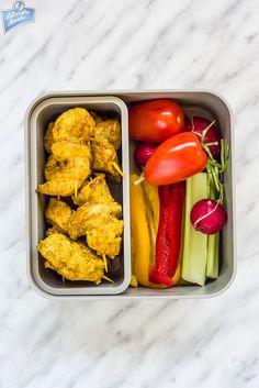 Miniszaszłyki z kurczaka + warzywa do chrupania | Filozofia Smaku