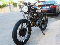 My full rebuild into a street tracker of an rs125 yamaha.  1975