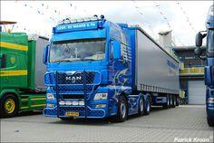 Nákladní automobil MAN s přívěsem (Truck MAN with trailer)