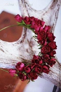 """Диадемы, обручи ручной работы. Ободок из бутонов роз """"Бордо"""". Алена Семенова. Интернет-магазин Ярмарка Мастеров. Бордо"""