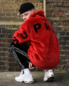 #streetbeast: Gully squats in @supremenewyork's faux fur bomber jacket. What's your favorite item of spring/summer 2017? Photo: @Ben_Awin