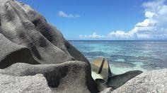 Seychellerna. La Digue. Anse Source d'Argent. Vackra stränder med spektakulära, majestätiska granitblocken.
