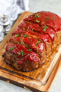 The BEST Meatloaf Recipe is something I've worked years at perfecting... and here it is! A tender juicy beef meatloaf topped with a zesty topping and baked until tender and juicy! #spendwithpennies #meatloaf #recipe #maindish #entree #meat #dinner #beef #groundbeef #best Classic Meatloaf Recipe, Good Meatloaf Recipe, Meat Loaf Recipe Easy, Best Meatloaf, Meat Recipes, Dinner Recipes, Cooking Recipes, Beef Meatloaf Recipes, Dinner Ideas
