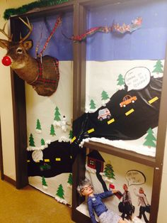 Christmas door decorating contest grandma got run over for Above door decoration