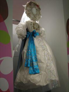 Christian Lacroix, Histoires de Mode.  Paris - UCAD Musée de la mode et du textile. 2007.