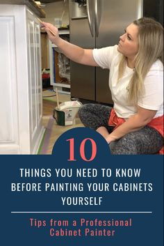 Don't pick up a brush until you read these tips! Cleaning Cabinets, Diy Cabinets, Painting Kitchen Cabinets, Kitchen Paint, Painting Courses, Painting Tips, Countertop Options, I Still Want You, Do It Yourself Inspiration