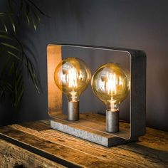 This industrial table lamp has two light sources and is made of metal and is finished in old silver. The light sources distributes the light in a beautiful way through the room, creating a great ambiance. Industrial Ceiling Lights, Industrial Table, Unique Table Lamps, Flat Ideas, Strip, Beautiful Lights, Sconces, Decoration, Candle Holders