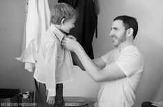 18 Best Getting Ready Photos: ring bearer getting ready with groom (photo by kate mcelwee)