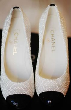 Pearls on my shoes, I would love them
