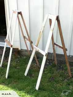 Home-made easels - Diy Home Crafts Craft Show Displays, Craft Show Ideas, Diy Easel, Wood Crafts, Diy Crafts, Paint Party, Craft Fairs, Wooden Signs, Diy Art