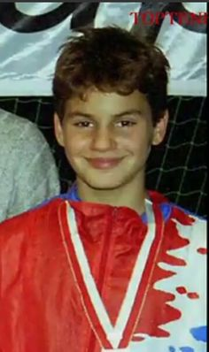 A young Roger Federer
