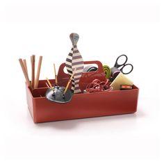 Dessinée par le designer Arik Levy pour Vitra, la boîte à outils Toolbox est un système d'organisation très pratique