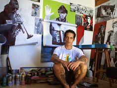 """O artista Luis Flávio Trampo exibe seus trabalhos na mostra """"Tributo Narada"""", em cartaz no Subte Café, até o dia 8 de fevereiro. O espaço funciona de segunda a sexta-feira, das 9h à 0h; aos sábados, das 14h às 4h, e, aos domingos, das 16h à 0h. A entrada é Catraca Livre."""