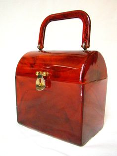1950s Vintage Faux Tortoise Shell Lucite Evening Box Bag - Circa Vintage Shop, via Etsy. Tortoise Shell, not just for your glasses.